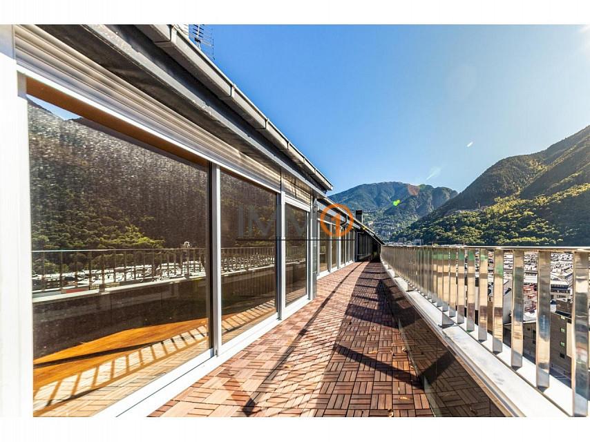Àtic en venda a Andorra la Vella, 4 habitacions, 215 metres
